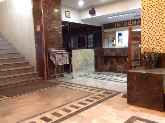 Numsin Hotel : Hotel lobby, WiFi only here