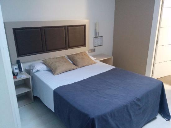 Hotel Blue Santa Rosa : habitacion