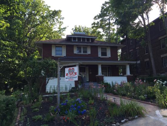 Ace of Hearts Bed and Breakfast