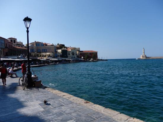 Kamisiana, Grecja: Chania's Venetian Harbour is just a quick drive away