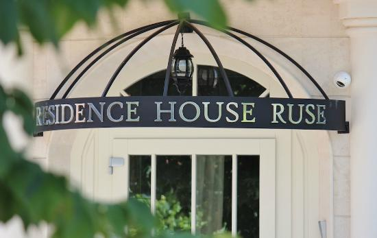 Residence House Ruse Boutique Hotel
