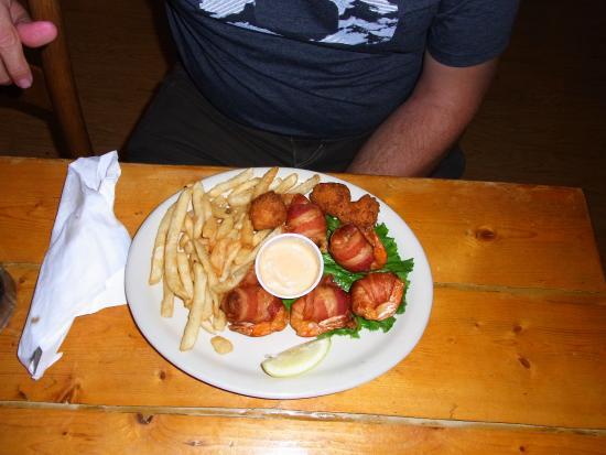 ... ! - Picture of Sullivan's Restaurant, Sullivan's Island - TripAdv...