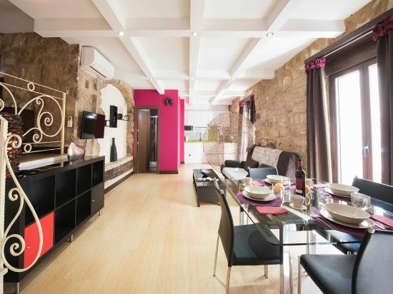 Apartamentos Fuente Redonda