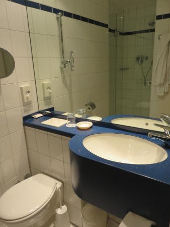 Alte Wache Hotel : Bathroom