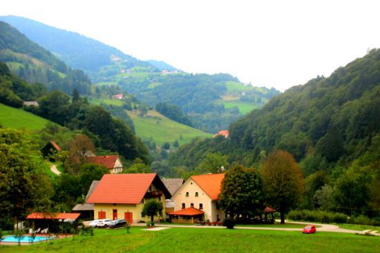 Tourist Farm Zelinc : Lovely setting