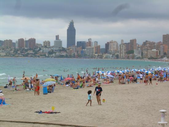 Playa de poniente de Benidorm - Picture of Poniente Beach, Benidorm - TripAdv...