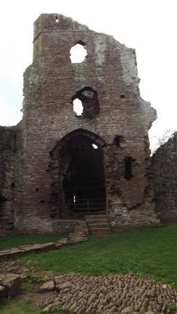 Grosmont, UK: castle