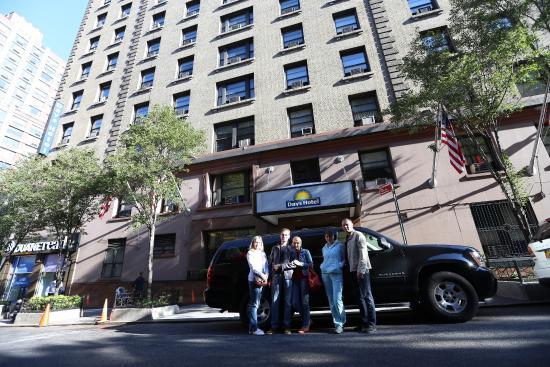 foto do quarto picture of days inn hotel new york city. Black Bedroom Furniture Sets. Home Design Ideas