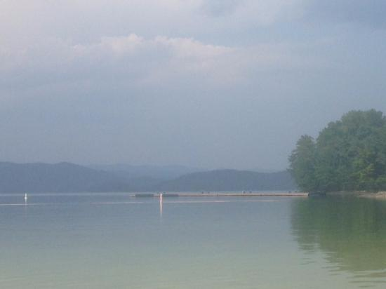 Sunrise Farm Bed and Breakfast: Lake Jocassee (about 10 min away and wonderful for swimming)