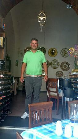 Minori, อิตาลี: Мастер своего дела Джерардо