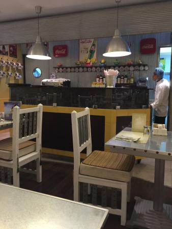 Cafe Bazza Salmiya
