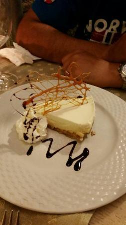 Lucin Kantun : Cheese cake!! The perfect ending:)