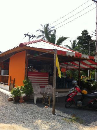 Kwan Khao & Krua Klang Soi restaurant