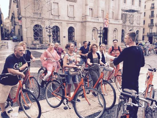 Budget Bikes Tours : Great way to explore the city!