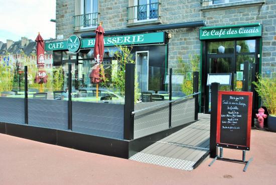 Le Cafe des Quais