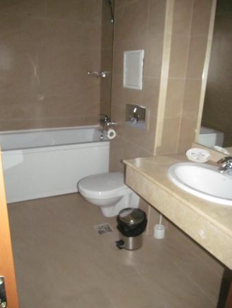 Cheile Gradistei Fundata : Шикарная ванная