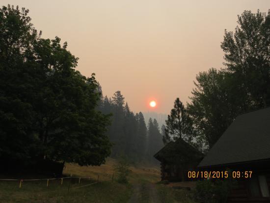River Dance Lodge: Sunrise