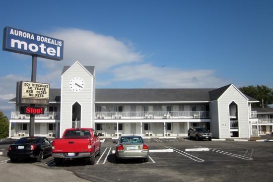 北極光汽車旅館