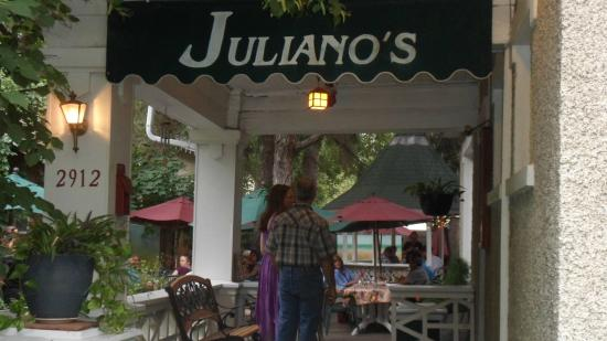 Juliano's: Awning going to the Patio