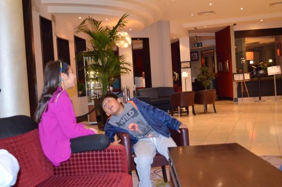 Carlton Hotel Blanchardstown Reviews