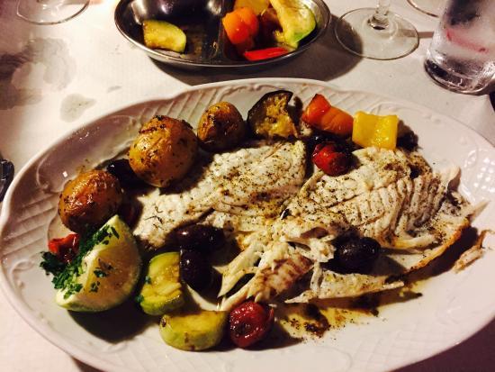 Seaview Restaurant: photo1.jpg