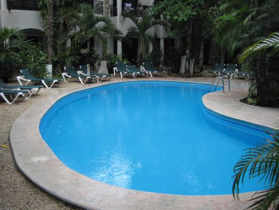 Hacienda Paradise Boutique Hotel by Xperience Hotels: ice cold pool