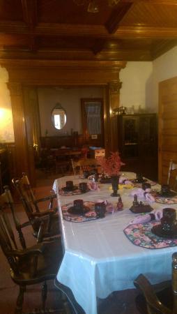 Olde Judge Mansion: Dining room