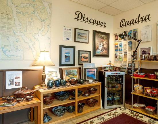 Quathiaski Cove, Καναδάς: Lobby/Gift Shop