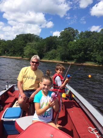 Fisher's Resort: Out fishing with Grandpa Gary