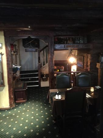 Smugglers Cott: 14th century restaurant