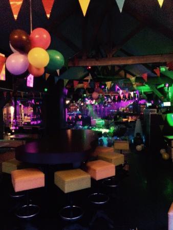 Le Beverly Pub
