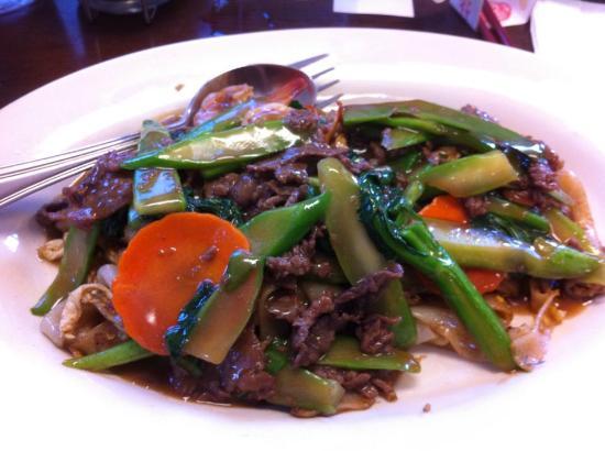 Phnom Penh Noodle Restaurant Long Beach