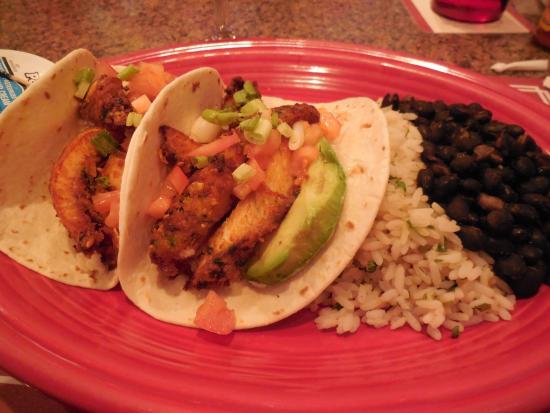 Horn's Gaslight Bar & Restaurant: Fish Tacos with Cilantro Rice & Black Beans