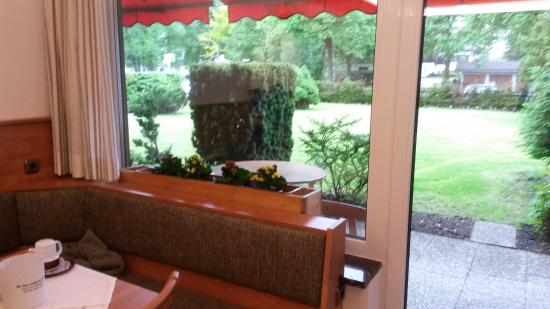 Hotel Garni Brunnthaler: Local do café da manhã