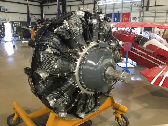 N.C. Aviation Museum: Actual aircraft engine display