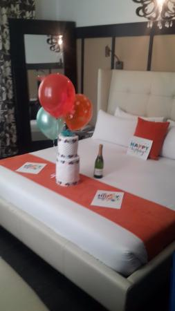 Birthday decorations - Picture of Catalina Hotel & Beach