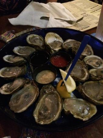 Oysters from apalachicola picture of stinky 39 s fish for Stinkys fish camp