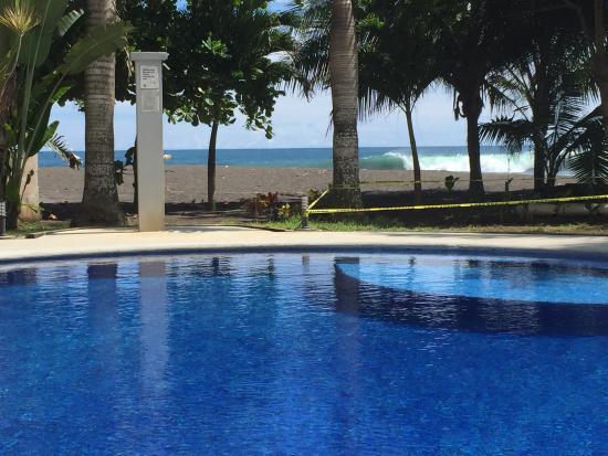 Hermosa Beach House: Excelente lugar, habitaciones equipadas, cerca a la playa en fin un buen lugar para pasar relaja