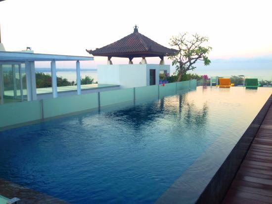 Best Western Kuta Beach Rooftop Pool