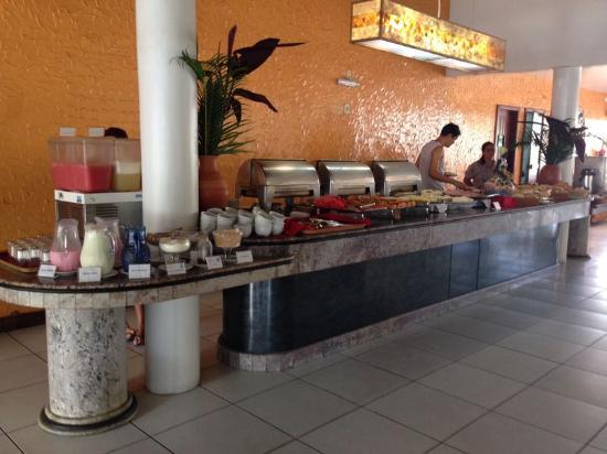 Oceano Praia Hotel: Café da manhã
