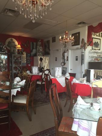 Wilton Manors, FL: Oscar's Tea Room is amazing!!!