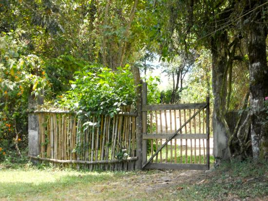 El Refugio de Intag Cloud Forest Lodge: One of the gates to the property.