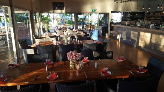 Whalers Restaurant: Inside Dining and Bar - special function evening