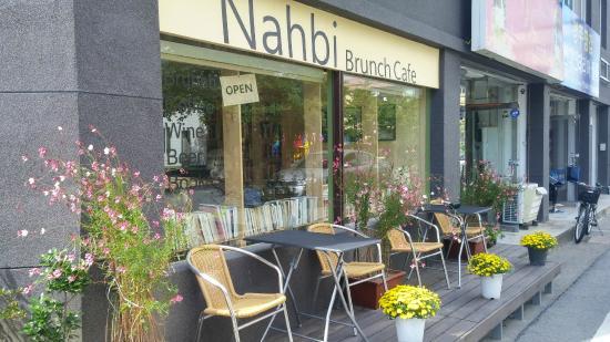 Nahbi