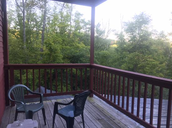Tollgate Hill Inn and Restaurant : View from our patio
