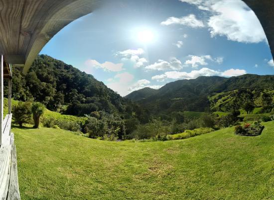 Waiotemarama Falls Lodge Photo