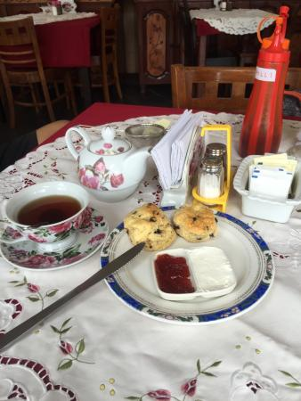 The English Tea Room: Great foods and thanks to Dannie for excellent service..and definitely will come again..