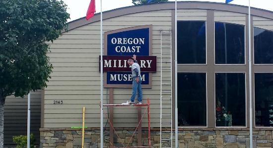 Florence, OR: The sign was installed today!
