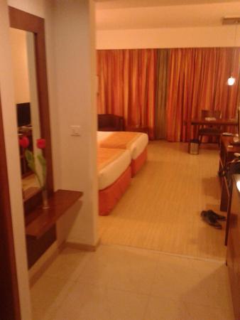 Evoma: Room entrance