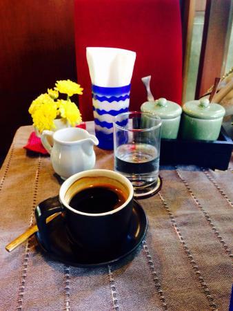 Le Petit Cafe: photo0.jpg